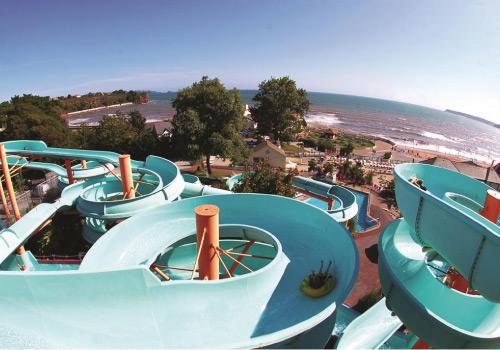 Attraction image for Splashdown Waterpark