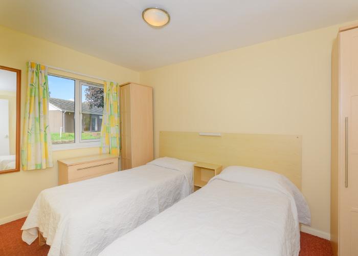 Clipper Bronze bedroom