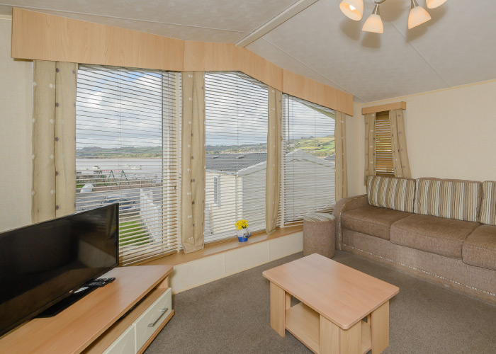 Cranmere Gold living area