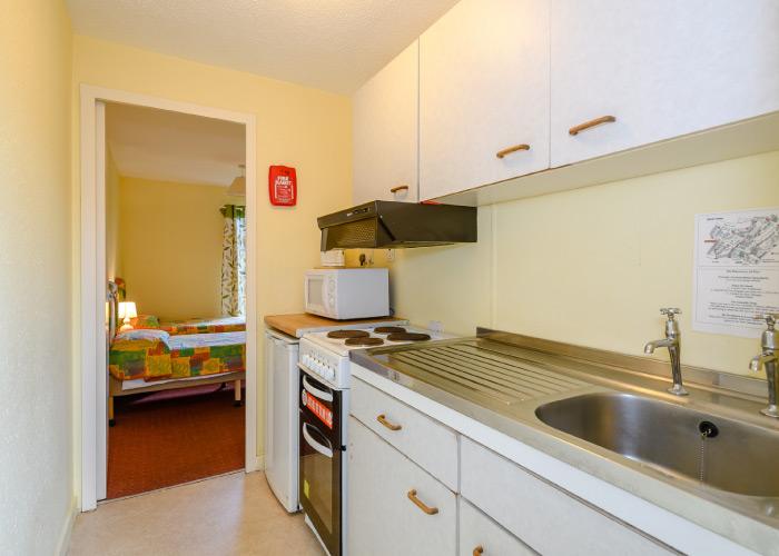 Sloop Bronze kitchen