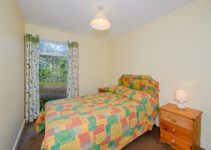 Sloop Bronze double bedroom