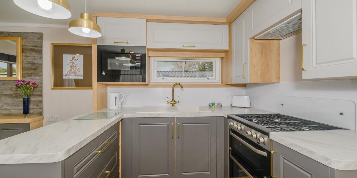 Waverley Gold Plus kitchen