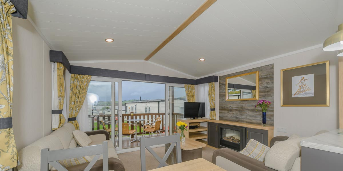 Waverley Gold Plus living area