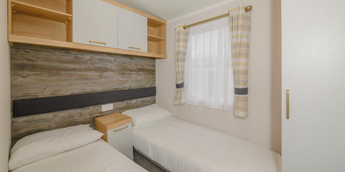 Waverley Gold Plus twin bedroom