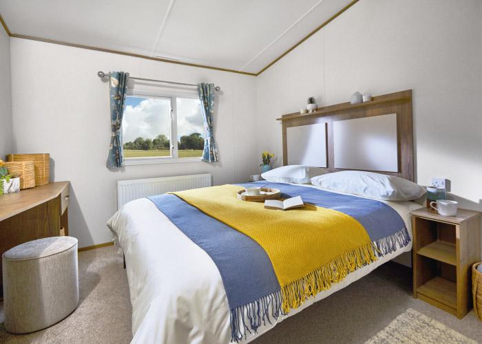 Mayflower Platinum master bedroom